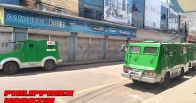 PHILIPPINEN MAGAZIN - FOTO DES TAGES - Geldtransporter und Bargeld Foto von Sir Dieter Sokoll für PHILIPPINEN MAGAZIN