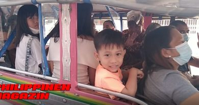 PHILIPPINEN MAGAZIN - FOTO DES TAGES - Freundliche Menschen im Jeepney