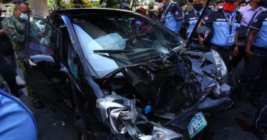 PHILIPPINEN MAGAZIN - NACHRICHTEN - 10 Verletzte als Auto durch mehrere Fahrzeuge pflügt