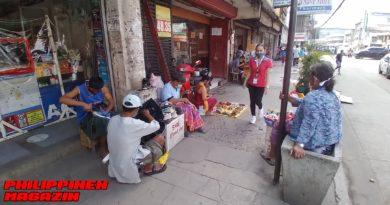 PHILIPPINEN MAGAZIN - FOTO DES TAGES - Wenn der Gehweg zum Laden wird Foto von Sir Dieter Sokoll für PHILIPPINEN MAGAZIN