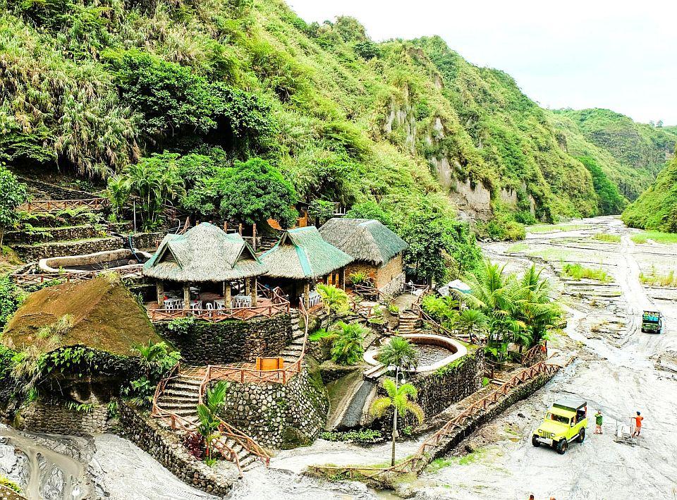 PHILIPPINEN MAGAZIN - MEIN DIENSTAGSTHEMA - WAS TUN IN DEN PHILIPPINEN - Heiße und kalte Quellen besuchen