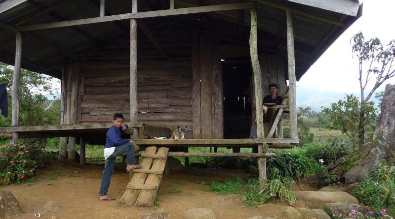 PHILIPPINEN MAGAZIN - DER PHILIPPINISCHE EXPAT KLUB - Gruppe Reisen/Reiseerlebnisse - Über den Pass