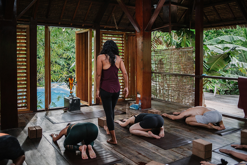 PHILIPPINEN MAGAZIN - MEIN DONNERSTAGSTHEMA - WELLNESS RETREATS IN DEN PHILIPPINEN -  Lotus Shores Yoga und Surf Retreat