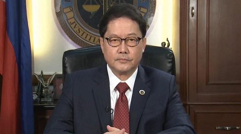 PHILIPPINEN MAGAZIN - NACHRICHTEN - Guevarra: Duterte weiß, nicht geimpft zu werden, ist eine legale Wahl