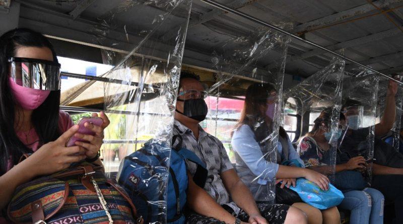 """PHILIPPINEN MAGAZIN - NACHRICHTEN - Palast: Nichts falsch mit """"Flip-flopping"""" bei Gesichtsschutz-Politik"""