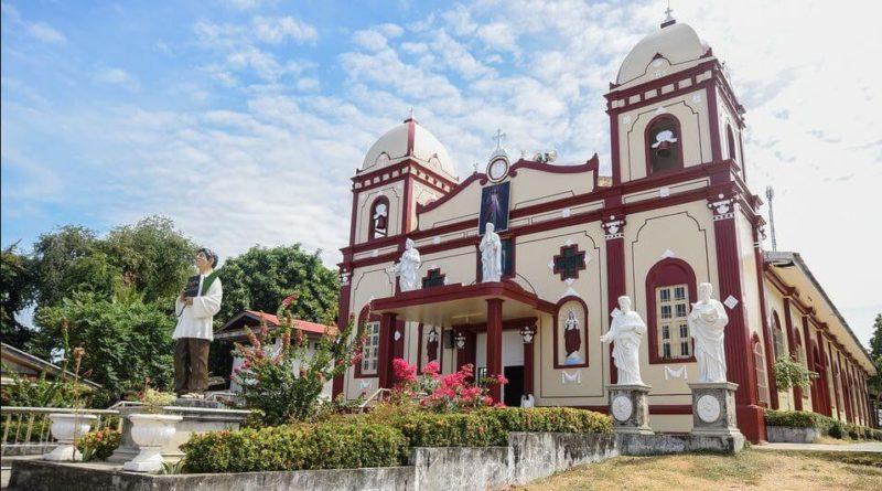 PHILIPPINEN MAGAZIN - NACHRICHTEN - Historische Kirche in Sagay City durch Feuer beschädigt