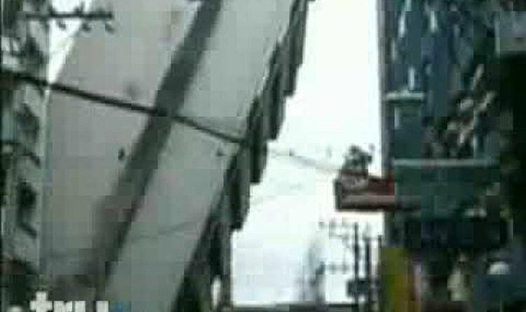 Am 23. Juli 2004 stürzt das SAI-Gebäude auf der Padre Faura in Manila ein