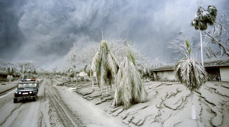 PHILIPPINEN MAGAZIN - TAGESTHEMA - Der Mt. Pinatubo in Luzon erzeugte den größten Wolkenpilz