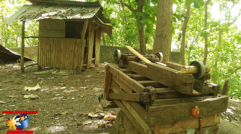 PHILIPPINEN MAGAZIN - FOTO DES TAGES - Stillleben mit Holzhütte und Holzkarre Foto von Sir Dieter Sokoll