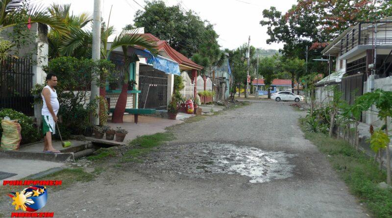 PHILIPPINEN MAGAZIN - FOTO DES TAGES - Leben in einer Seitenstraße vom Barangay Foto von Sir Dieter Sokoll