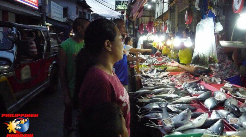 PHILIPPINEN MAGAZIN - FOTO DES TAGES - Abendlicher Ansturm auf der Marktstraße Foto von Sir Dieter Sokoll