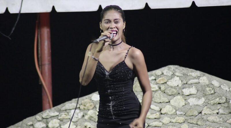 PHILIPPINEN MAGAZIN - VIDEOSAMMLUNG - Nimfa Pepito singt Kinsa Siya