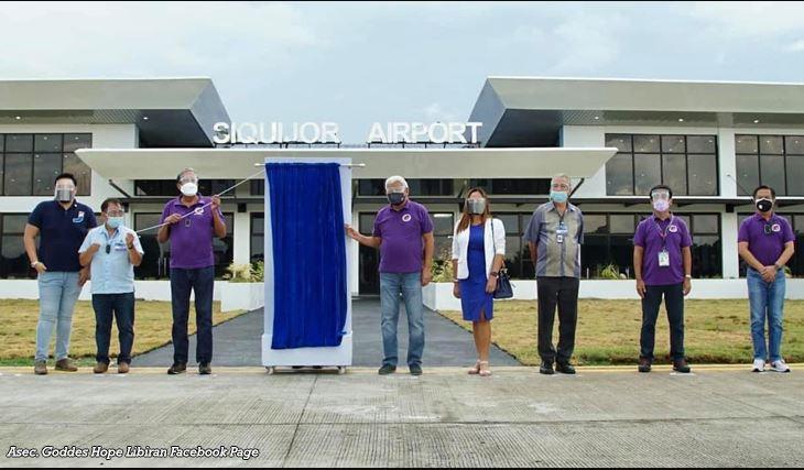 PHILIPPINEN MAGAZIN - NACHRICHTEN - Siquijor hat vollständig neuen, sanierten Flughafen