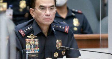 PHILIPPINEN MAGAZIN - NACHRICHTEN - Eleazar ordnet Untersuchung der mutmaßlichen Erpressungsaktivitäten von Polizisten am Kontrollpunkt Pasay an