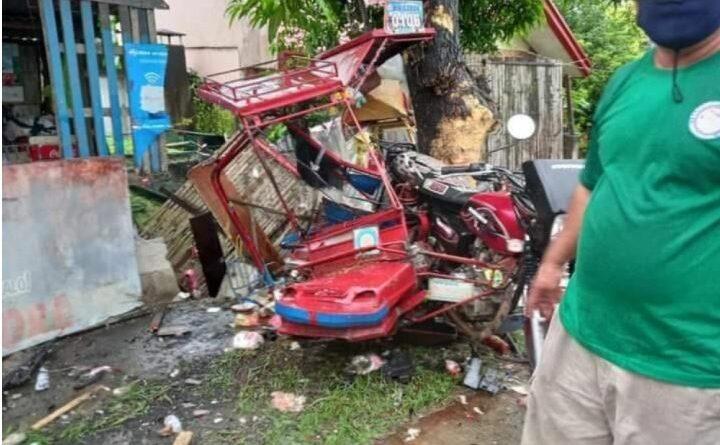 PHILIPPINEN MAGAZIN - NACHRICHTEN - 4 Tote bei Verkehrsunfall auf Negros