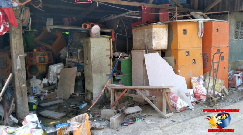 PHILIPPINEN MAGAZIN - FOTO DES TAGES - 'Gut organisierter' Handwerksbetrieb im Barangay Foto von Sir Dieter Sokoll