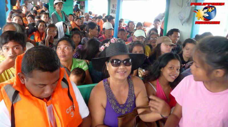 PHILIPPINEN MAGAZIN - FOTO DES TAGES - Mit der Holzrumpffähre von Ormoc zu den Camotes Inseln Foto von Sir Dieter Sokoll