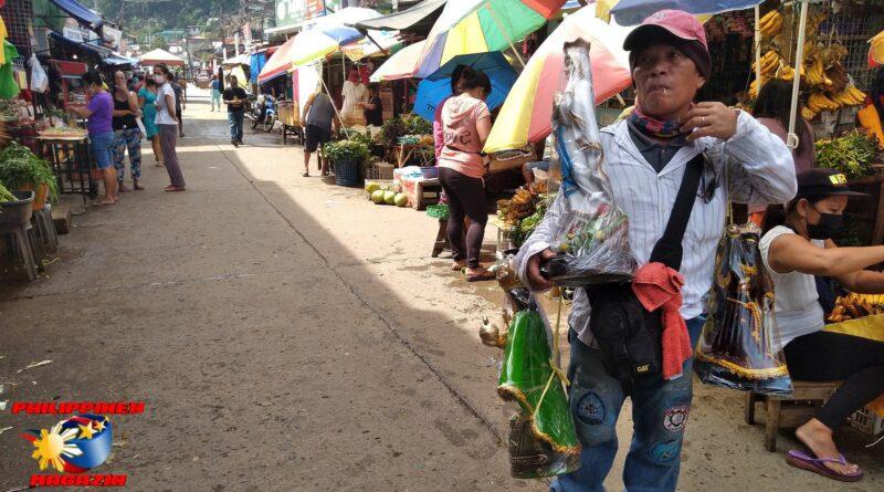 PHILIPPINEN MAGAZIN - FOTO DES TAGES - Heilige auf Ratenzahlung Foto von Sir Dieter Sokoll